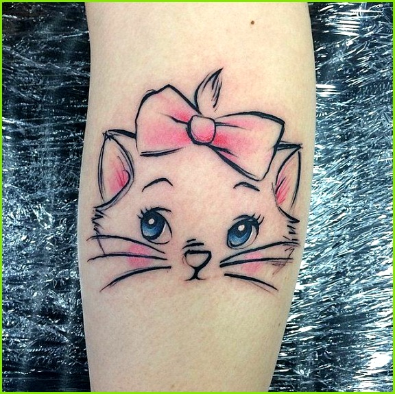I have wanted a aristocat tattoo for soooo long and I think I found the perfect starting design