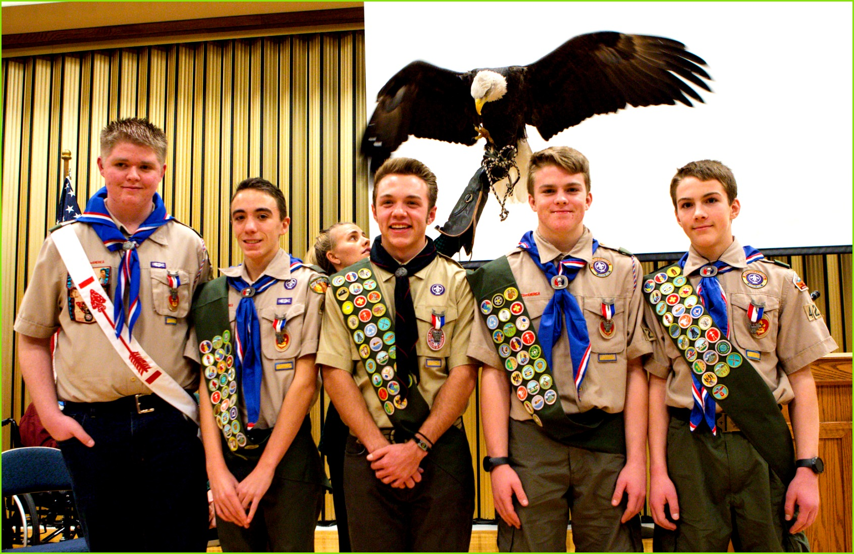 remember the three why s 1 Recognize the Eagle Scout 2 Recognize the Mentor 3 Inspire other Scouts With that in mind the Eagle Court of Honor is