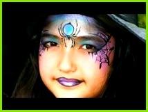 Eine hübsche Hexe schminken Hexengesicht Kinderschminken Vorlage für Halloween Spinne Schminken Halloween