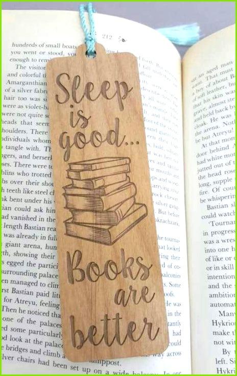 Schlaf ist gut Bücher sind besser Lesezeichen