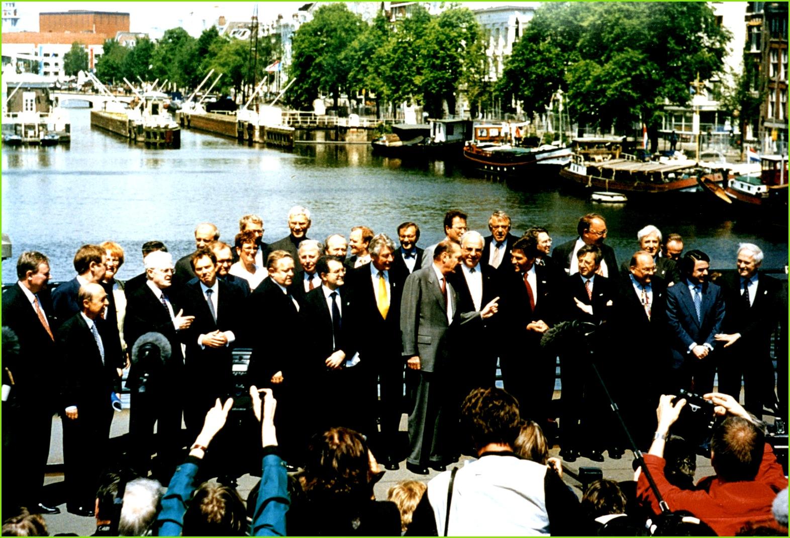 Амстердамський договір