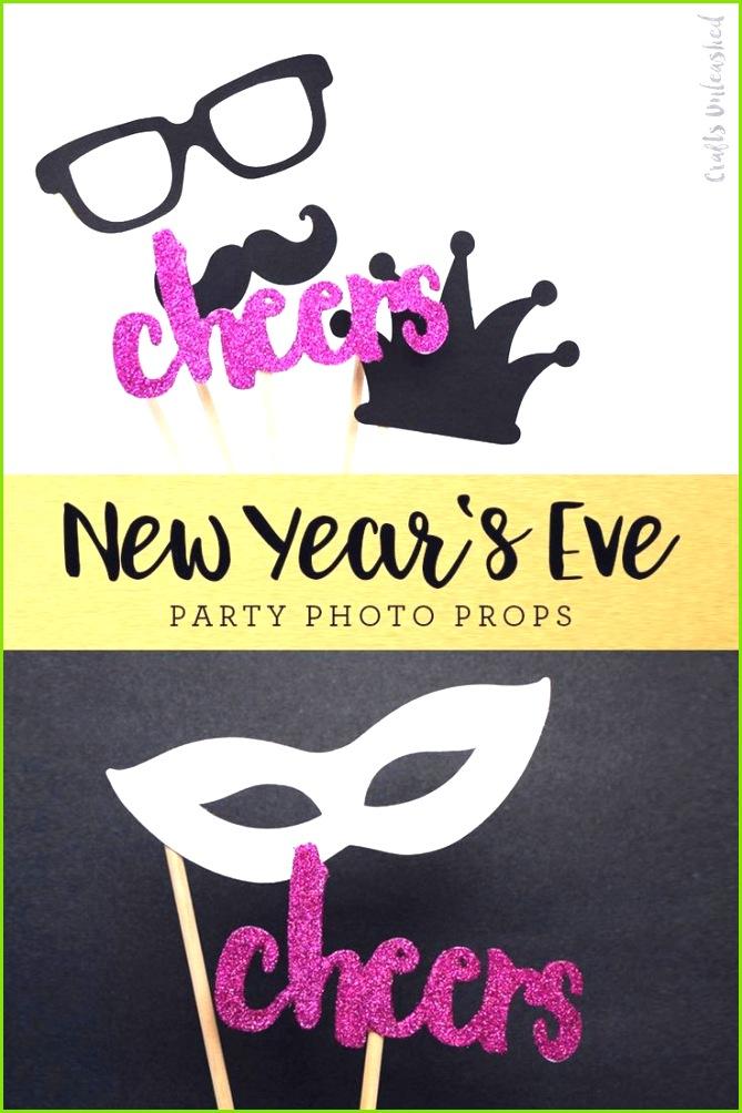 Free Printable Booth Props New Year s Eve Consumer Crafts Booth Vorlagen Zum Ausdrucken