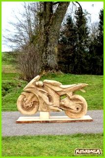 Motorsäge Material Fichte motorsäge holz carving chainsaw schnitzen motorsäge motorsagla austria motorsägenschnitzen motorcycle bike motorrad