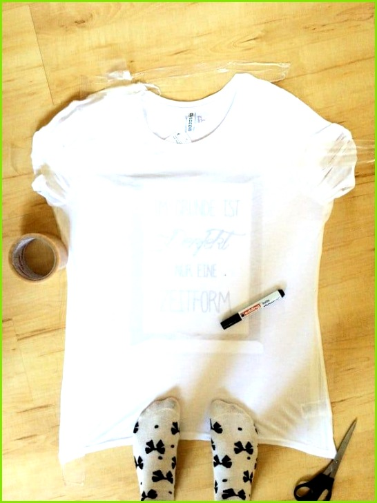 Ein T Shirt bemalen ist eigentlich ganz einfach Das Raffinierte an der Sache ist