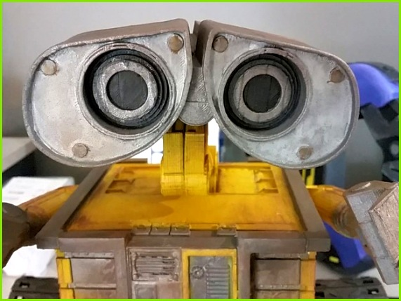 Wall E Robot Fully 3D Printed