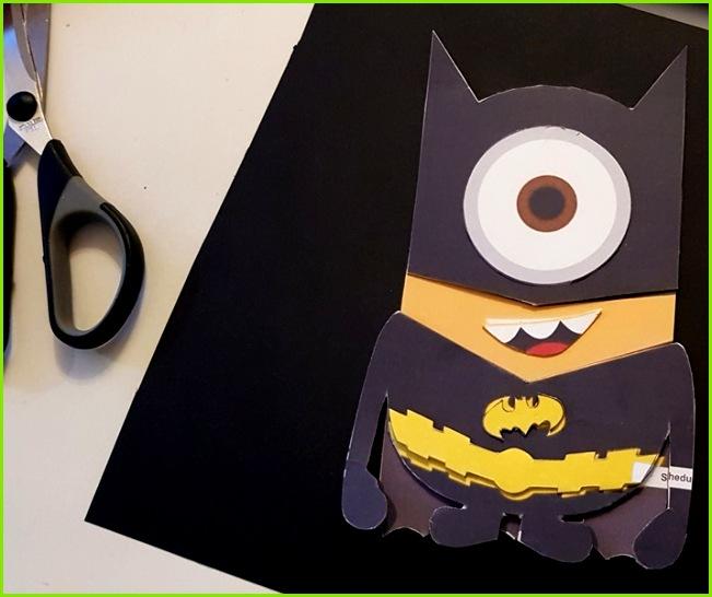Batman Minion Schultüte basteln