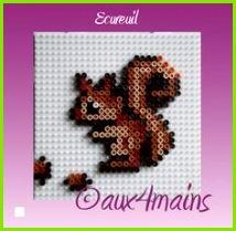 Squirrel hama perler by aux4mains Pixelart Vorlagen Bügelperlen Bilder Perlen Sticken Hama Bügelperlen