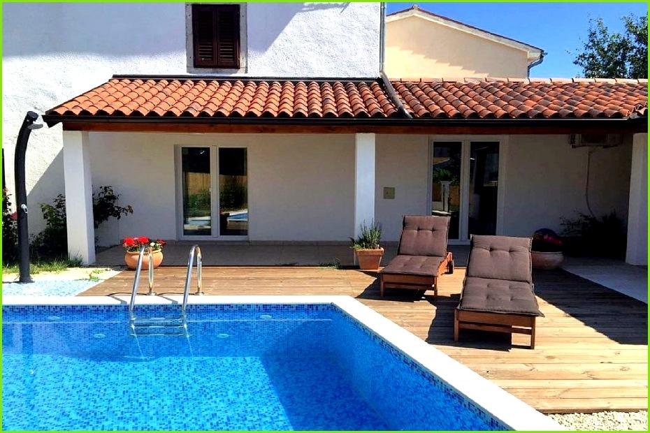 Ferienwohnung Mit Pool Kroatien Privat Luxus Haus Od Kapele Ferienhaus In Rogovici Mieten