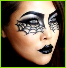 5 striking Halloween looks you can recreate using your make up bag
