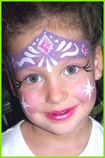 Kinder lieben es geschminkt zu werden und in verschiedene Rollen zu schlüpfen Welche niedliche Motive sich Kinderschminken Vorlagen Zum Ausdrucken