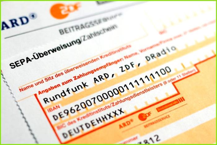 Für alle Haushalte in Deutschland gilt eine Pflicht zum Abführen des Rundfunkbeitrages sofern keine Gründe für eine GEZ Befreiung vorliegen